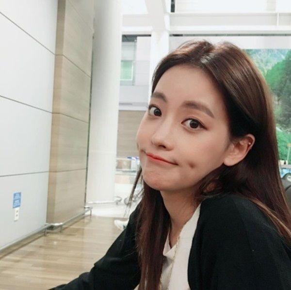Phim mới của chồng trẻ quốc dân Ahn Jae Hyun có nguy cơ bể kèo vì scandal ly hôn với Goo Hye Sun? - Hình 5
