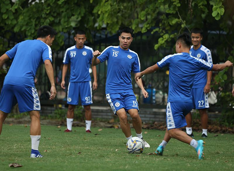 Quang Hải, Duy Mạnh sẵn sàng đấu tuyển Turkmenistan thu nhỏ - Hình 7