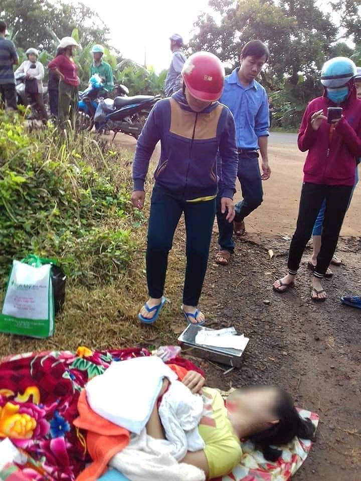 Sản phụ ở Bình Phước bị bỏ rơi giữa đường: Tài xế bồi thường 50 triệu đồng - Hình 1
