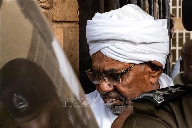 Sudan bắt đầu xét xử cựu Tổng thống Omar al-Bashir - Hình 1