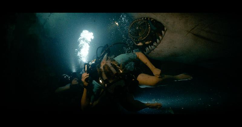 Hung Thần Đại Dương: Thảm Sát - Hết dám lặn biển ở những nơi hoang vắng - Hình 2
