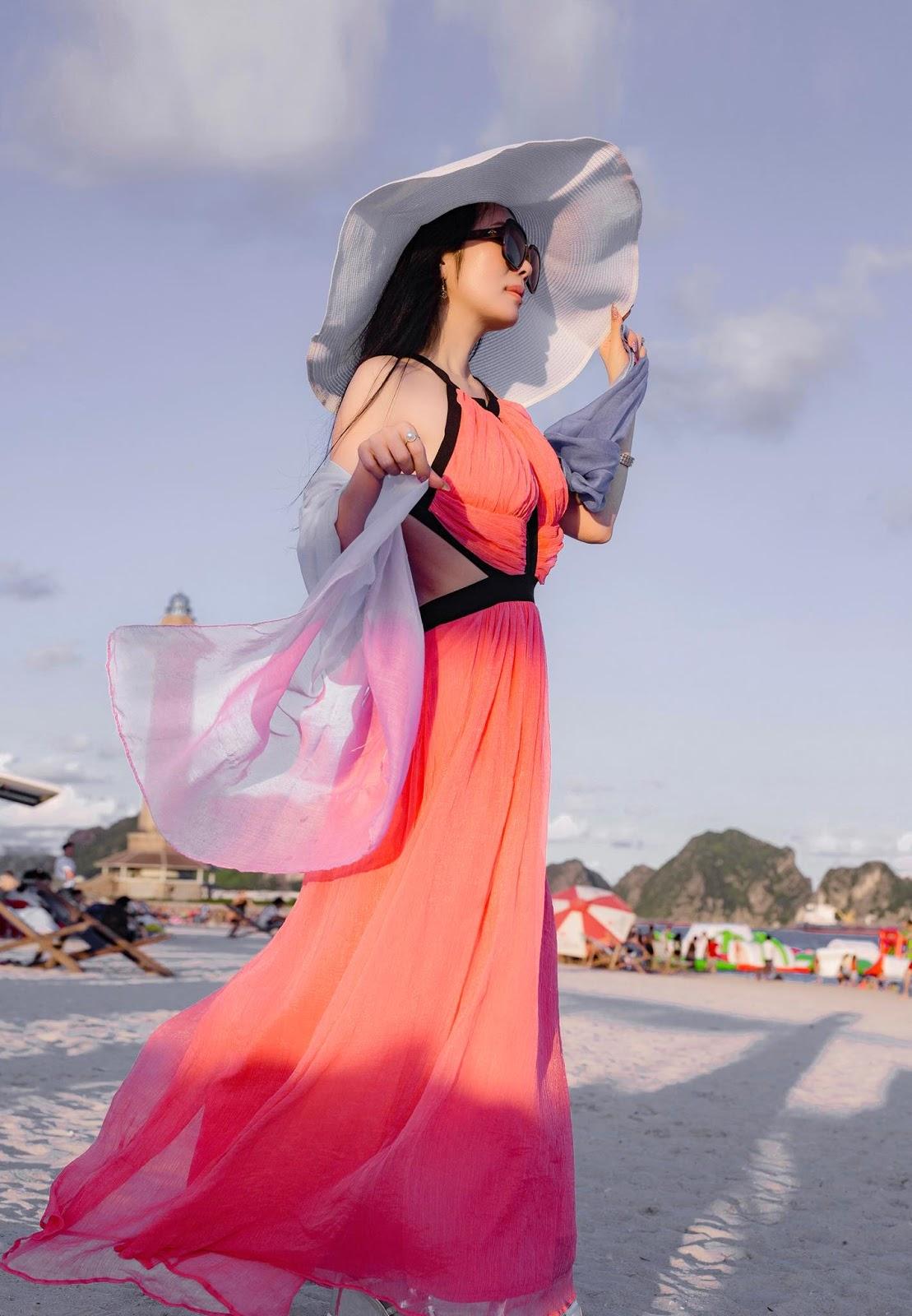 Người đẹp sở hữu vòng eo 58 cm khoe lưng trần gợi cảm trên bờ biển - Hình 5