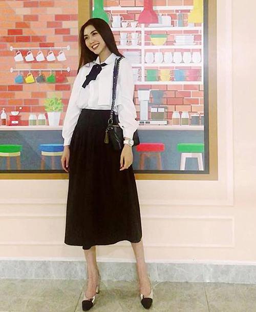 Những sao Việt sẽ là nữ hoàng sành điệu của trường nếu còn đi học - Hình 9