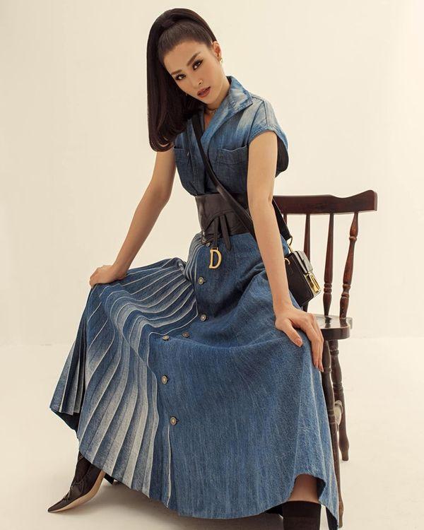Trước khi lên xe hoa, Đông Nhi khiến khán giả trầm trồ khi hóa fashionista - Hình 3