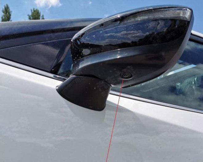 Rò rỉ hình ảnh của crossover cỡ nhỏ Mazda CX-4 facelift không ngụy trang - Hình 3