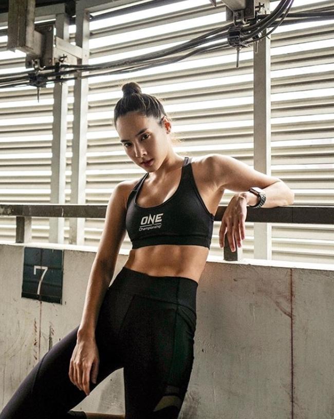 Xứ chùa Vàng có quá nhiều cô gái đạt chuẩn body 2019: Rãnh bụng sâu hút - Hình 5