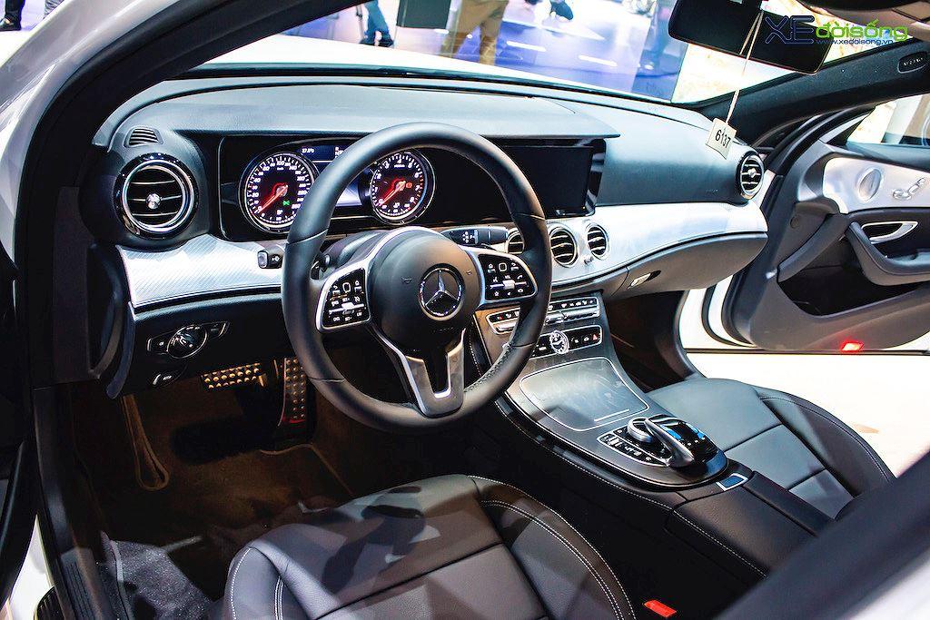 Chênh nhau 187 triệu, 2 bản Mercedes E 200 mới trình làng Việt Nam có gì khác nhau? - Hình 3