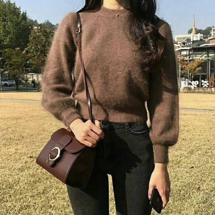 Diện áo len chuẩn phong cách Hàn Quốc - Hình 2