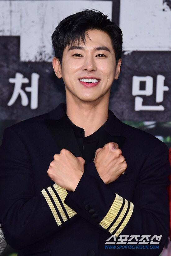 Vấn nạn idol hóa diễn viên với diễn xuất kém cỏi: Truyền thông Hàn gọi tên 9 ngôi sao này - Hình 6