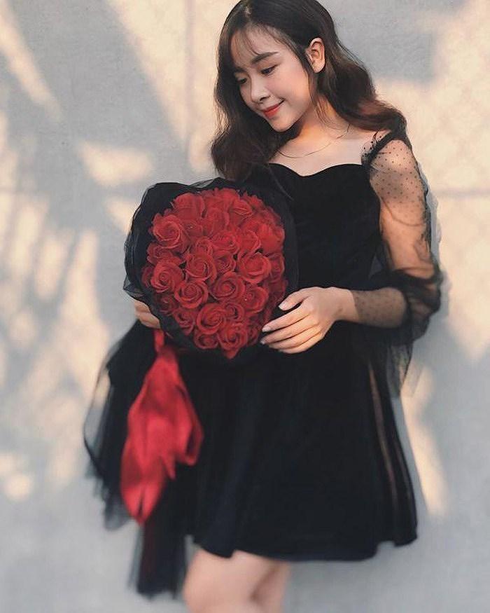 Hot girl Nhật Linh lên tiếng về tin đồn bạn gái mới của cầu thủ Văn Đức - Hình 7