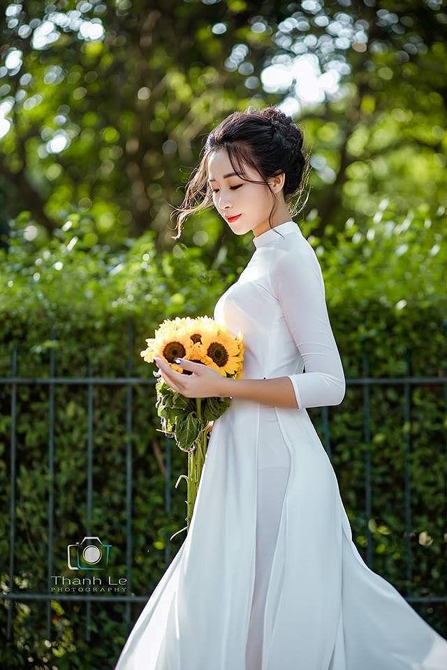 Hot girl Nhật Linh lên tiếng về tin đồn bạn gái mới của cầu thủ Văn Đức - Hình 3