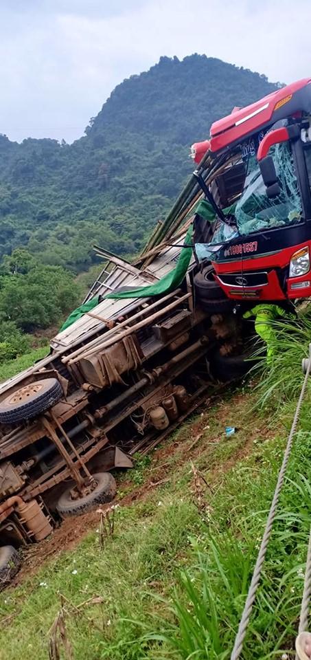 Lý lịch xe khách gây tai nạn kinh hoàng khiến 16 người thương vong - Hình 2