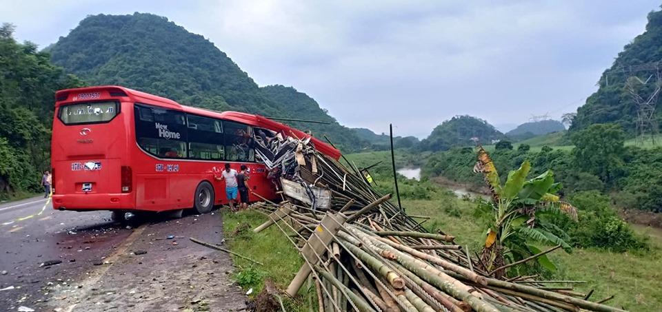 Lý lịch xe khách gây tai nạn kinh hoàng khiến 16 người thương vong - Hình 1
