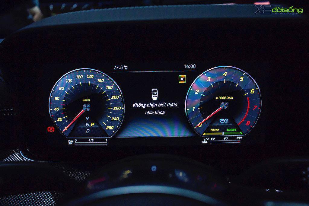 Mercedes E 350 AMG có gì ngoài danh hiệu sedan hạng sang cỡ trung mạnh nhất tại Việt Nam - Hình 7