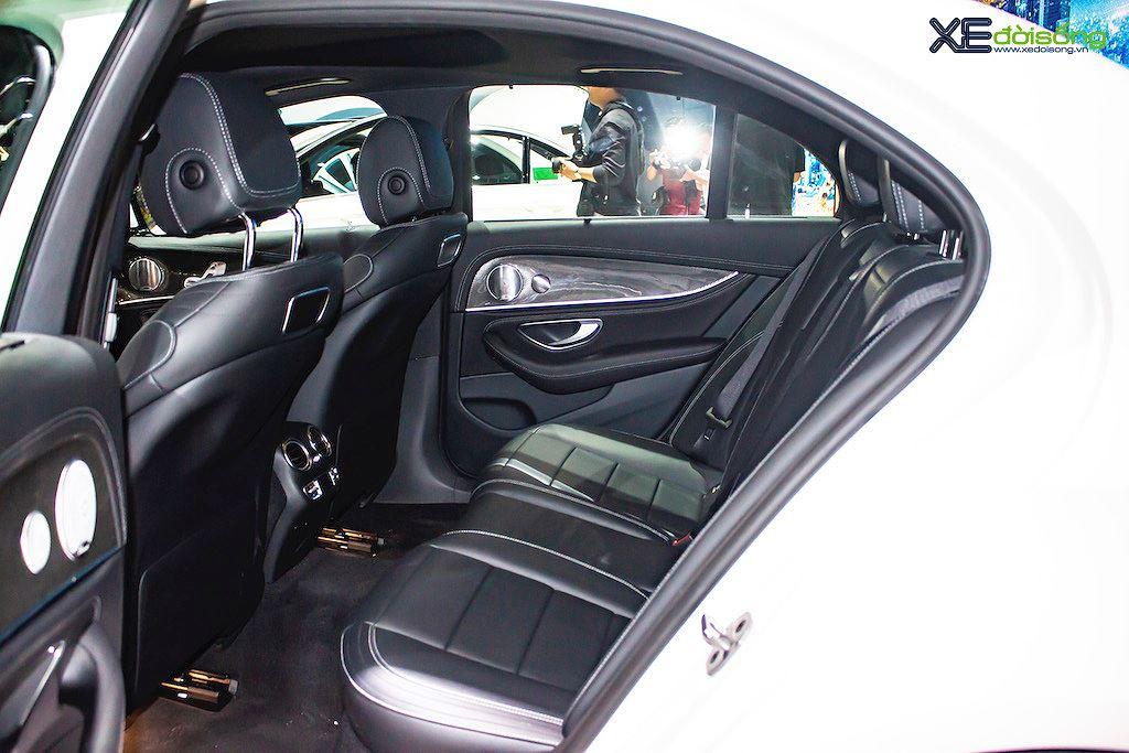 Mercedes E 350 AMG có gì ngoài danh hiệu sedan hạng sang cỡ trung mạnh nhất tại Việt Nam - Hình 10
