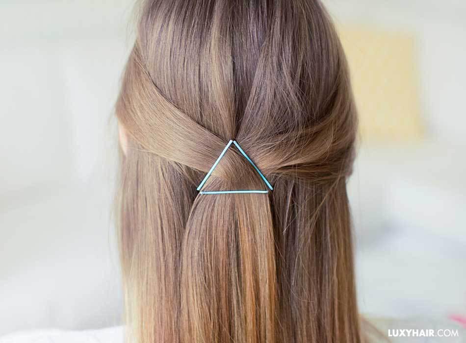 Những chiếc kẹp tăm cùng 3 kiểu biến hoá này sẽ khiến mái tóc thẳng của bạn thêm thú vị - Hình 5