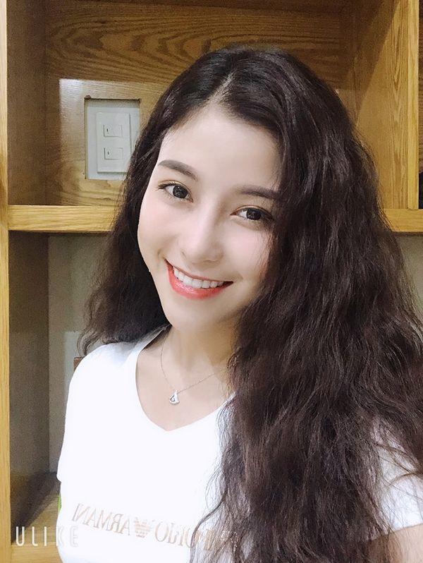 Trần Ngọc Ánh - Quán quân The Voice 2018 lột xác 100% khi cắt tóc ngắn cá tính - Hình 2