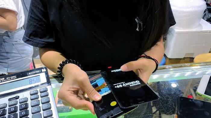 YouTuber tự ráp Galaxy S9 Plus từ linh kiện hàng chợ ở TQ giá 285 USD - Hình 6