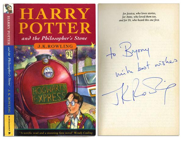 Ấn bản đầu tiên của bộ sách Harry Potter được đấu giá với con số cực sốc - Hình 2