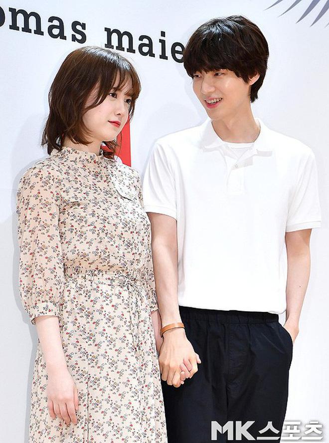 Hành trình từ gã si tình đến thánh cosplay cuồng vợ Ahn Jae Hyun: Ánh mắt mật ngọt hóa chê bai thô tục tựa khi nào! - Hình 7