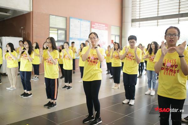 Học sinh Ams quẩy flashmob nhiệt tình đón năm học mới - Hình 9