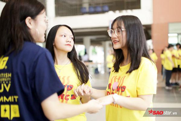 Học sinh Ams quẩy flashmob nhiệt tình đón năm học mới - Hình 7