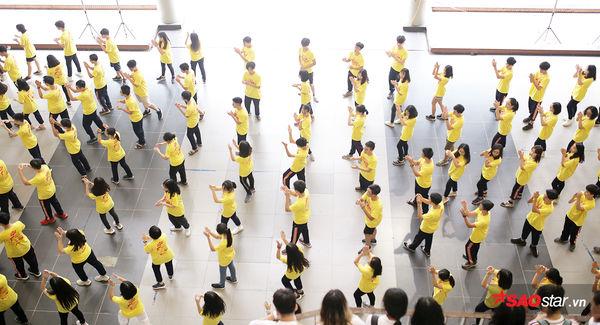 Học sinh Ams quẩy flashmob nhiệt tình đón năm học mới - Hình 5