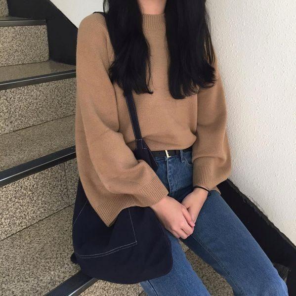 Áo len tay rộng cho cô nàng thêm phong cách - Hình 3