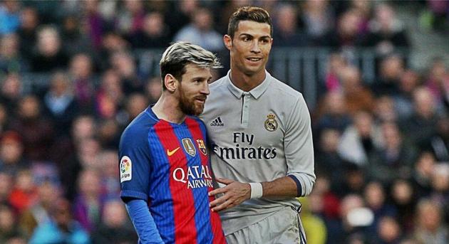 Ronaldo: Tôi không ngại làm điều đó với Messi - Hình 1