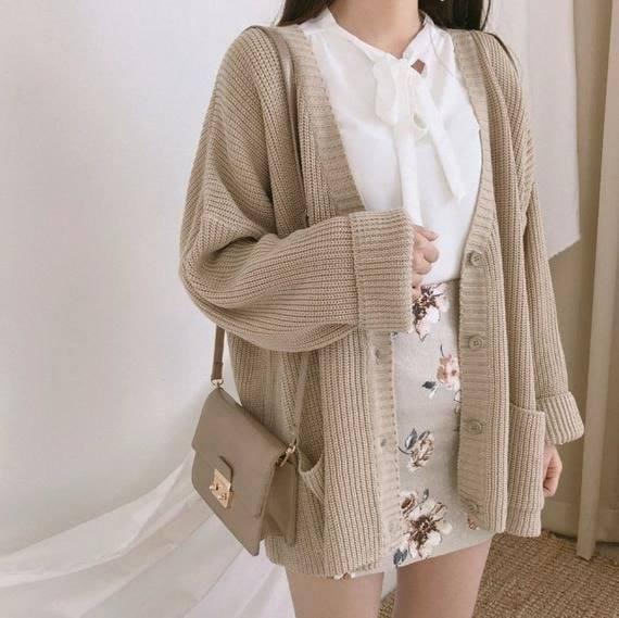 Áo khoác cardigan và vô vàn kiểu biến tấu siêu xinh - Hình 1
