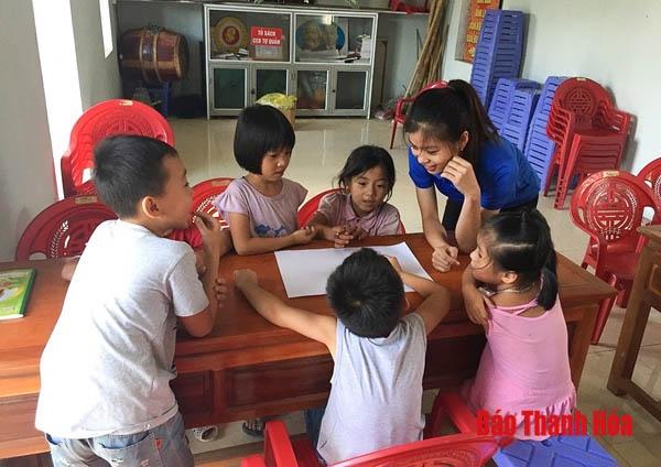 Câu lạc bộ dạy tiếng Anh miễn phí cho trẻ em tiểu học của những người trẻ - Hình 2