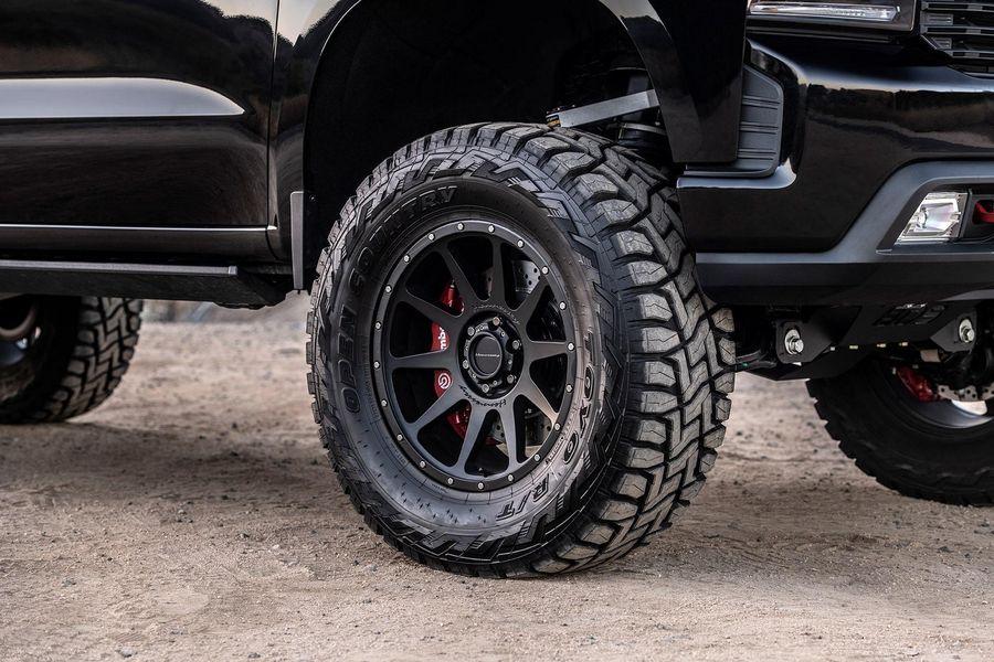 Hennessey hô biến Chevrolet Silverado thành xe tải 6x6 siêu hầm hố - Hình 4