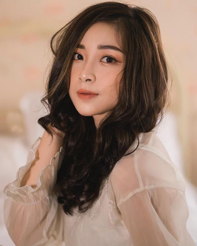 Cô giáo mầm non xinh đẹp bị đồn yêu Phan Văn Đức là ai? - Hình 4