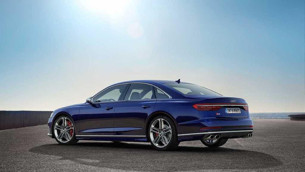 Diện kiến Audi S8 2020: Sedan thể thao cho ông chủ không thích phô trương - Hình 2