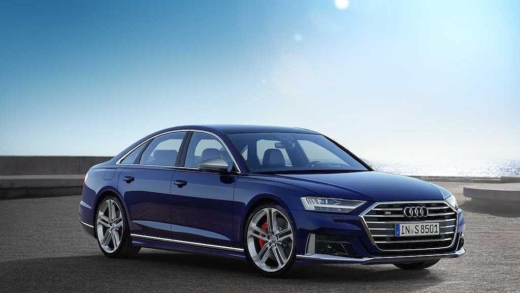 Diện kiến Audi S8 2020: Sedan thể thao cho ông chủ không thích phô trương - Hình 1