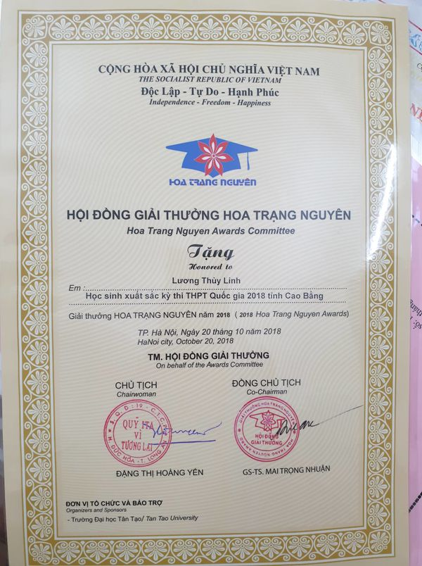 Hoa hậu Lương Thùy Linh gây choáng với kho giấy khen đồ sộ, fan đợi kỳ tích tại Miss World - Hình 2