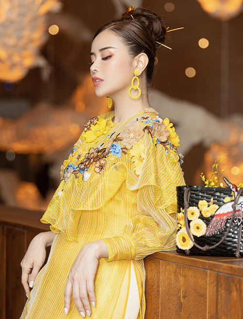 Hoa hậu Sella Trương hóa tiểu thư cổ điển - Hình 3