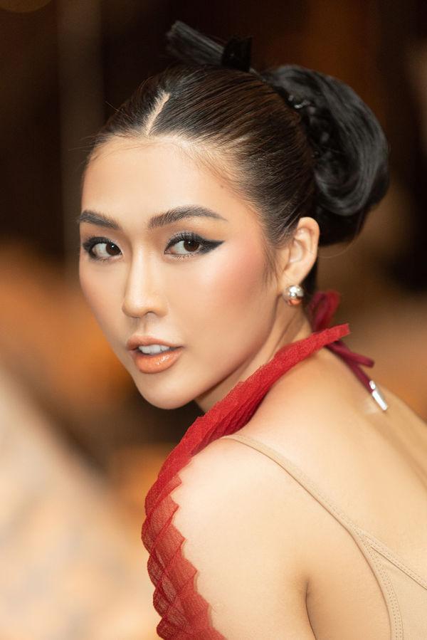 Hoa hậu Tường Linh ấn tượng với váy áo xếp giấy, tiết lộ bị bạn bè nghĩ là Lesbian - Hình 5