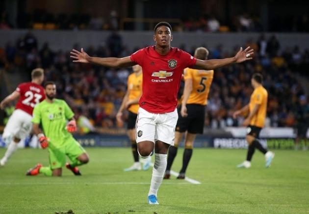Huyền thoại Man Utd: Thật tuyệt vì cậu ta lấy lại áo số 9 - Hình 1