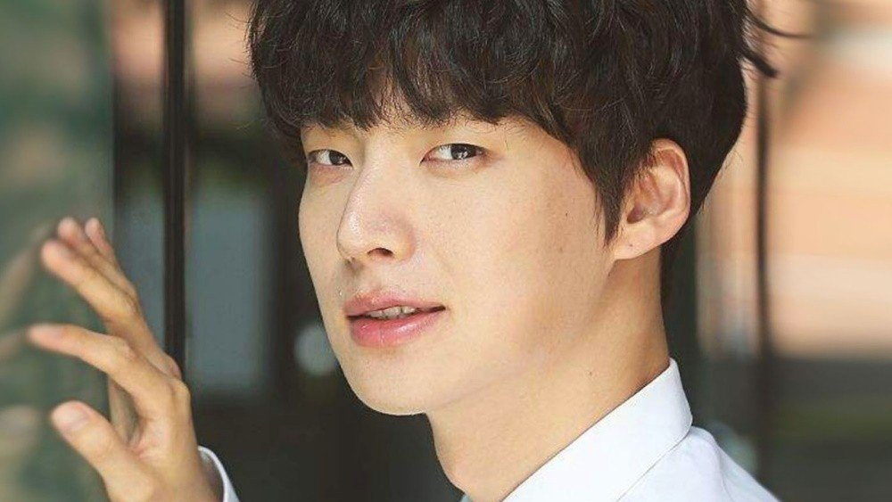 Mất hợp đồng quảng cáo, Ahn Jae Hyun lại bị đuổi khỏi show Tân Tây Du Ký? - Hình 3
