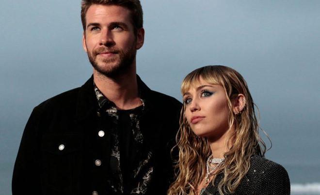 Miley Cyrus lần đầu lên tiếng sau ly hôn, khẳng định luôn yêu Liam - Hình 1