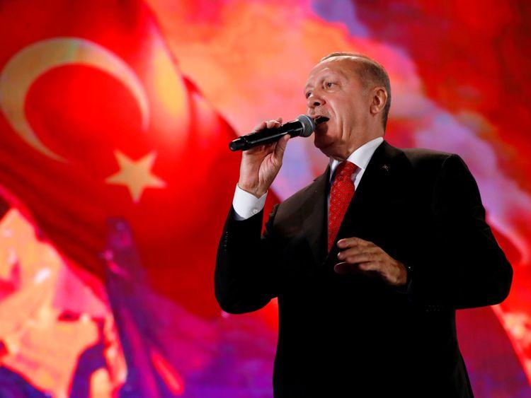 Số phận Thổ Nhĩ Kỳ an bài ở Syria: Liều lĩnh đấu với Nga hay rút lui trong thế ngẩng cao đầu? - Hình 2