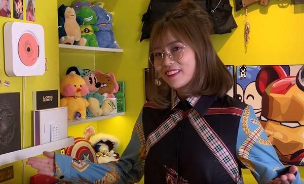 Té ngửa với fan girl MisThy khi lỡ... mặc thử áo của Sơn Tùng M-TP trong MV Hãy trao cho anh và cái kết - Hình 2