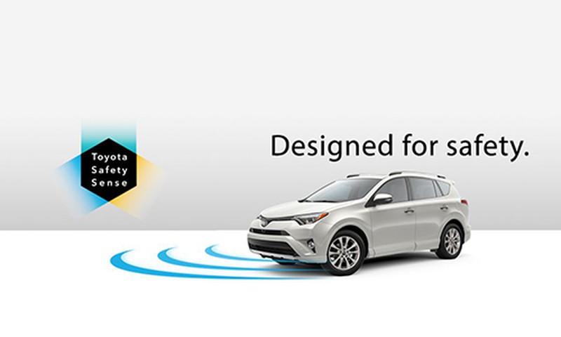 Toyota sẽ giúp bạn hạn chế nhầm chân ga với phanh - Hình 1