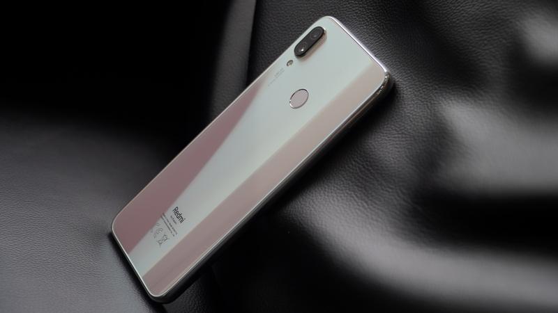 Trên tay nhanh Redmi Note 7 Trắng ánh trăng: Cao cấp, đẹp mắt hơn! - Hình 17