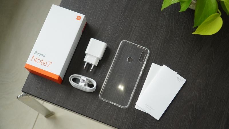 Trên tay nhanh Redmi Note 7 Trắng ánh trăng: Cao cấp, đẹp mắt hơn! - Hình 3