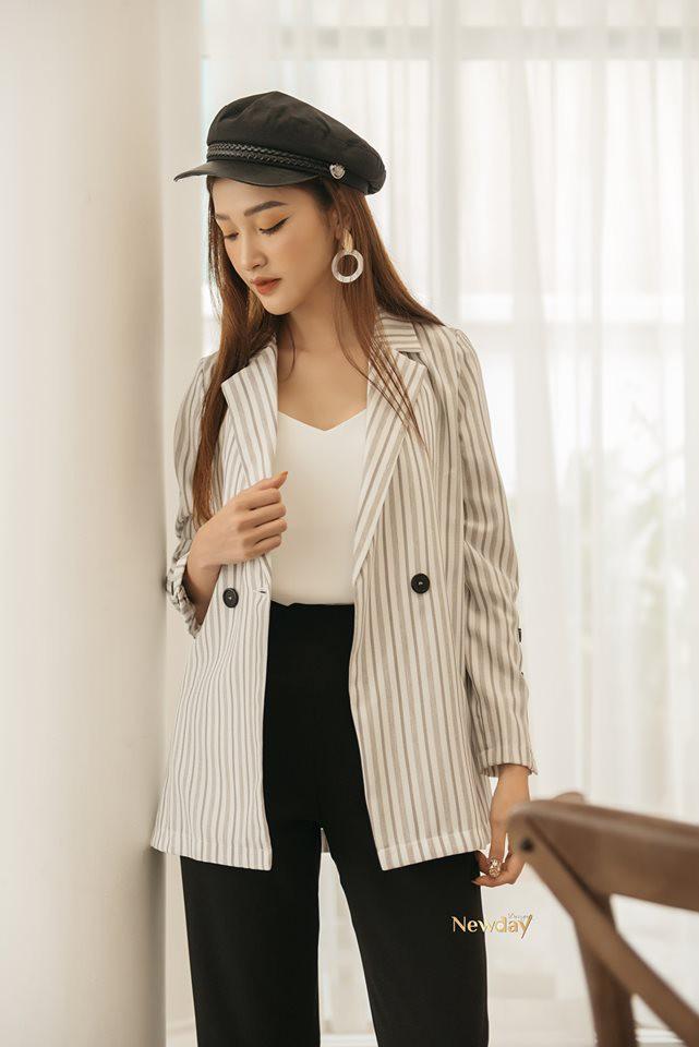 Trời vắt mình sang thu, các hãng thời trang Việt đã rục rịch bỏ bùa nàng công sở bằng những thiết kế blazer với mức giá siêu hợp lý - Hình 4