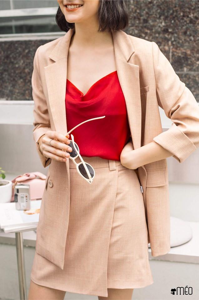 Trời vắt mình sang thu, các hãng thời trang Việt đã rục rịch bỏ bùa nàng công sở bằng những thiết kế blazer với mức giá siêu hợp lý - Hình 16