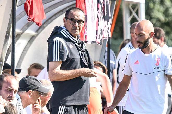 Juventus lao đao Serie A: Thầy Ronaldo hút 60 điếu thuốc/ngày bị trả giá đắt - Hình 1