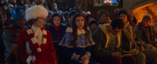Kendrick và Hader trở lại trong trailer Noelle lên sóng đúng dịp Giáng sinh 2019 - Hình 10